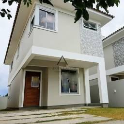 Casa nova e financiável com 3 suítes no Campeche - Florianópolis