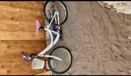 Bicicleta caloi no bairro santa Etelvina