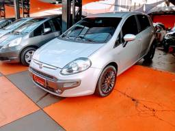 Fiat Punto essence dualogic 2013 muito novo