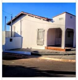Casa dr Fábio c/ salão comercial