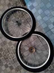 Vendo essa rodas bike aro 26 nao foi usada