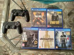 Playstation 4 - 2 controles