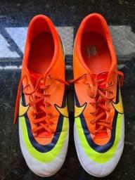 Chuteira Nike Mercurial Victory IV FG