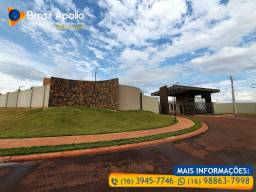 Casas 3 dorm. em Condomínio Fechado na região do Cristo, Obras em Andamento