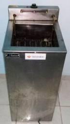 Fritadeira e Mochila termica para entrega