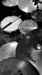 Sou baterista a procura de um grupo cristão pra tocar.