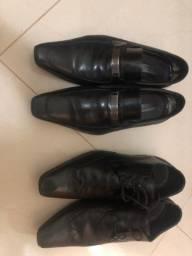 Sapatos Sociais - Tamanho 43