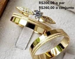 Alianças de casamento/noivado/ não perdem a cor/ moeda antiga