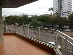 Apartamento com 210m2 na Dijalma Batista