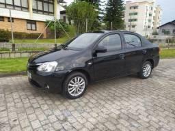 Toyota Etios XLS 1.5 Sedan 2013