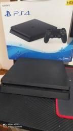 Vendo Playstation ps4 . 500 GB.