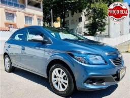 Título do anúncio: Chevrolet Onix 2014 1.0 mpfi lollapalooza 8v flex 4p manual