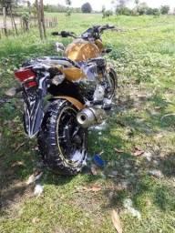 Título do anúncio: Moto CB 300