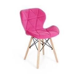 Vendo cadeira rosa nova
