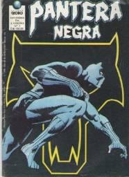Combo 2 em 1 Quadrinhos Marvel: Pantera Negra e Marvel Force