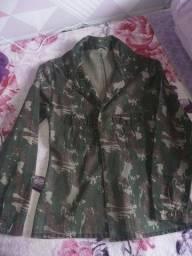 parka/jaquetinha camuflada p/m