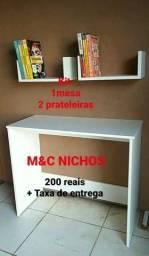 Escrivania, armário, Nichos e prateleiras