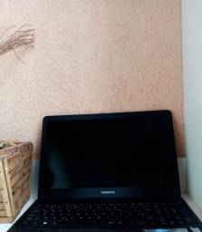 Notebook Samsung Essentials i3