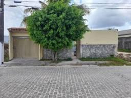 2 casas em Dias Dávila