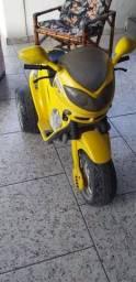 Moto recarregável  6 vts