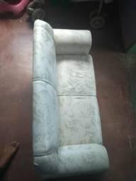 Vende se sofá para criança