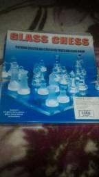 Jogo de xadrez de vidro (em perfeito estado)