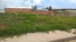 Lote New Golden Park por R$ 300,00 o m2