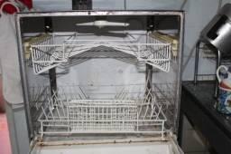 Lava Louças 6 Serviços Consul / CLC19A 220V em Ferro Branco 55 cm x 48 cm x 42 cm