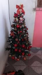 Vendo essa árvore completa com tudo 130 reais