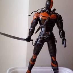 Action figure Exterminador - DC Comics / LEIA A DESCRIÇÃO