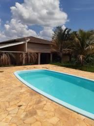 Oportunidade. Alugo. Linda Casa em Condomínio, 1800 m².Marília.SP