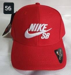 Boné Aba Curva de Alta Qualidade - 56