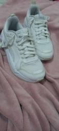 Título do anúncio: Tênis branco puma original