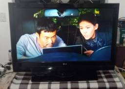 Tv LG Led 42 pol, transformada em Smart tv, Led, tcl android tv ótima imagem, completa
