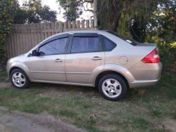 Vendo Fiesta Sedan