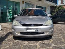 Focus Sedan 2001