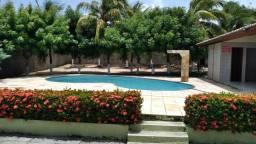 Casa de Praia com Piscina no Barro Preto - Confira!!!