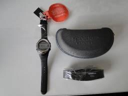Frequencímetro e relógio