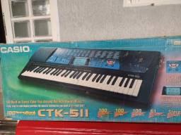 Título do anúncio: Teclado Casio CTK- 5II com suporte