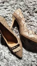 Sapatos scarpies