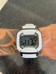Relógio Shark