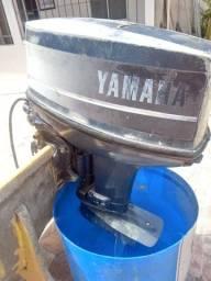 Motor Yamaha 40 - Com Comando e Motor de Partida