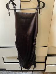 Título do anúncio: Vestido Cetim Preto