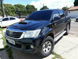 Vendo Toyota Hilux - 2013