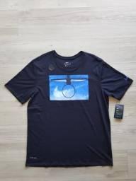 Camiseta Nike Dry Daydream ( Nova com Etiqueta) c82ceb1a108