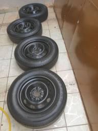 Rodas com pneus aro 14/175/70