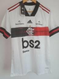 Camisa oficial do Flamengo branca