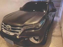 Toyota hilux sw4 2018 SRX diesel 7 lug 33.000km u.dona