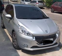 Peugeot 208 - 2014 (Top de Linha - manual) 38.000 km rodados