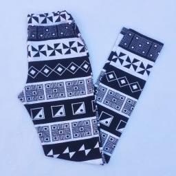 Calça legging tribal preto e branco (Posthaus) @ brchgrls